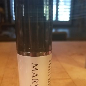 Mary Kay time wise pore minimizer
